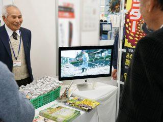 展示会には動画活用がオススメ!集客、説明に効果大!